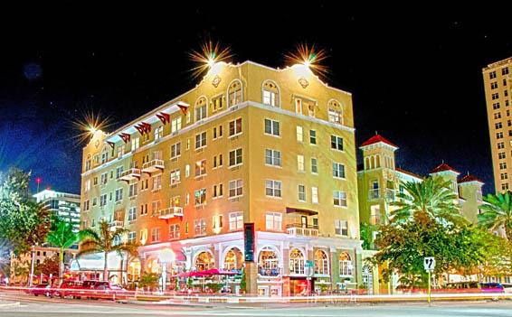 Ponce De Leon And  Street Restaurant